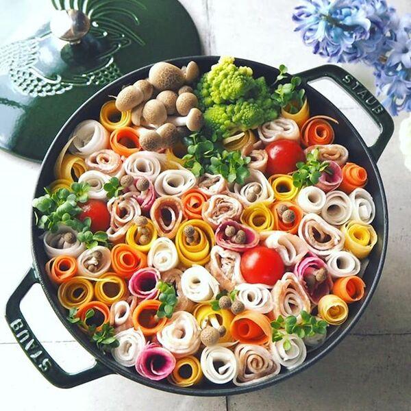 クルクル可愛いおすすめのお花畑鍋