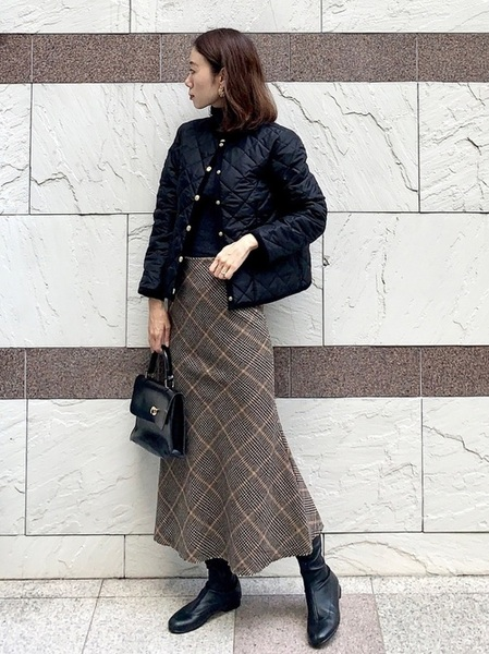 ユニクログレーニット×ロングスカート