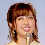 菊地亜美が力士姿に!?「体型は悲惨」と産後太りに悩み