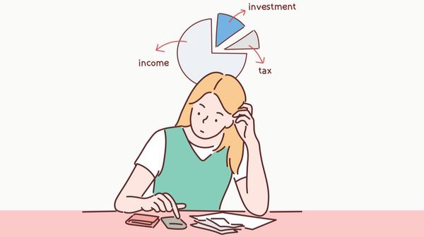 家計管理する女性