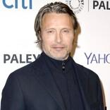 マッツ・ミケルセン、『ファンタビ』ジョニデの代役出演は「噂」「電話を待ってる」とコメント