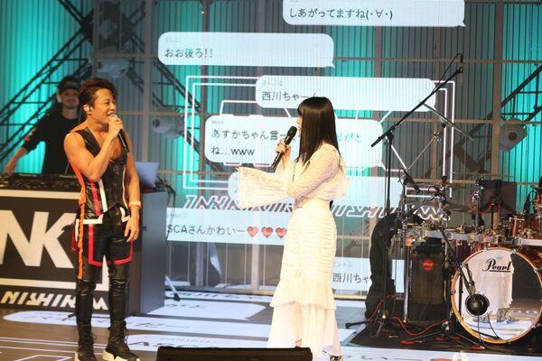 左から、西川貴教、ASCA 『日清食品 POWER STATION [REBOOT]』こけらおとし  DAY1(OPENING SPECIAL NIGHT)