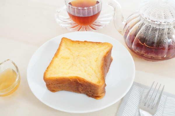 紅茶とフレンチトースト