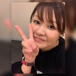 中澤裕子、47歳でのセーラー服姿に照れる 福岡での活躍ぶりに「理想的な生き方」と羨む声も