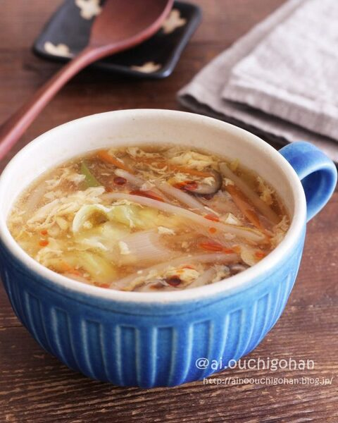 簡単でおすすめの具沢山酸辣湯風スープ