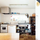 ミニマルな壁付けキッチンが見た目以上に実力派<建築家オリジナル>