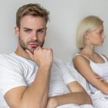 アソコがガサガサやん…女性約200人に聞いた「お家デート失敗談」