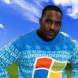 主張が強すぎる。マイクロソフトの公式ダサセーター、今年は3種類!