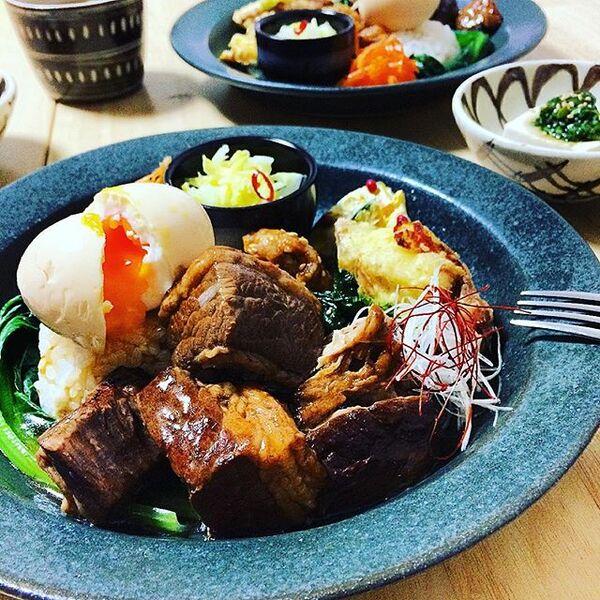 牛肉でも美味な台湾B級グルメ魯肉飯