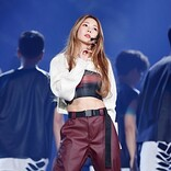 【#2020MAMA】BoA デビュー20周年特別ステージで変わらぬ歌声を披露