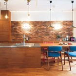 テーブル一体型のキッチンとキッズスペースで!子育てしやすい家にリノベ