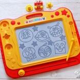 脳が鍛えられるお絵かきボード『アンパンマンが上手に描けちゃう!天才脳らくがき教室』で遊ぼう!