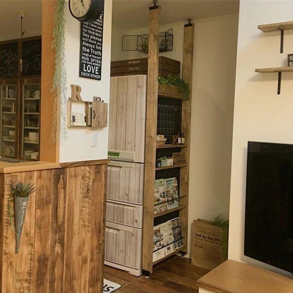 空間をセパレートする手作り本棚