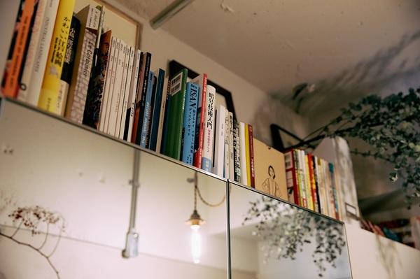 玄関にある本