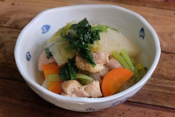 大根と鶏肉の塩麹を使った煮物
