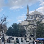 「戦士」の称号を与えられた大宰相のモスク!イスタンブール「ガズィ・アティク・アリ・パシャ・ジャーミィ」