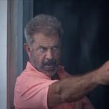 """""""最終兵器""""メル・ギブソンが巨大台風&強盗団を迎え撃つ 『リーサル・ストーム』2.26公開"""