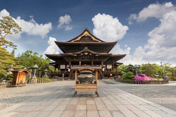 善光寺の魅力①国宝の本堂