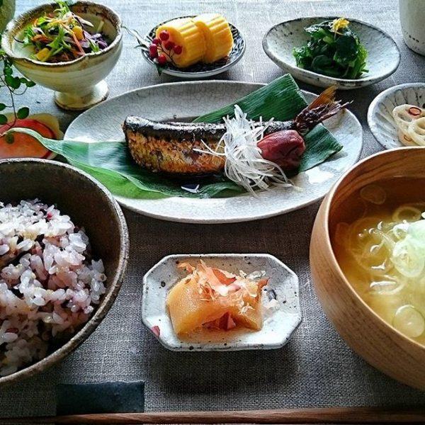 朝ごはん向けの魚料理!いわしの梅生姜煮