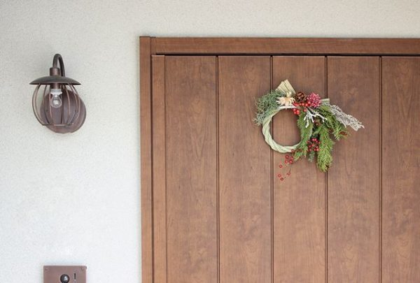 玄関に欠かせない正月飾り