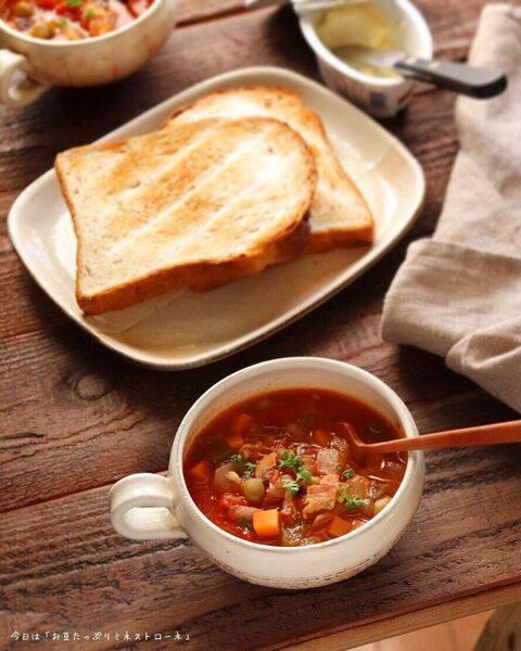 野菜と豆で栄養をしっかり摂るミネストローネ