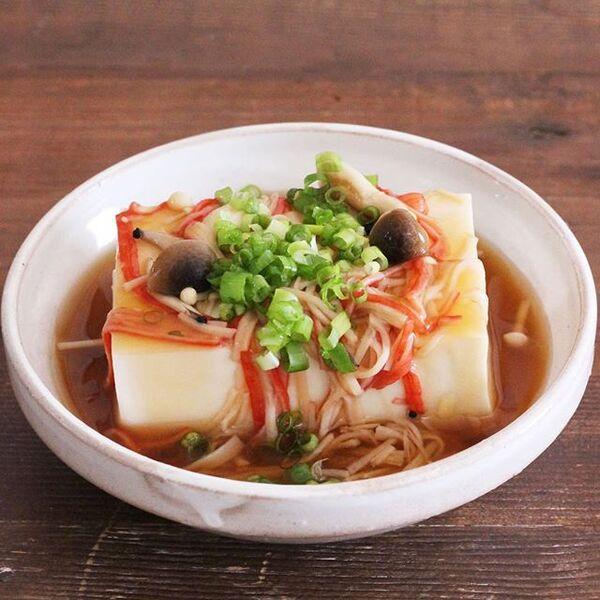 レンジで簡単カニカマきのこあんかけ豆腐