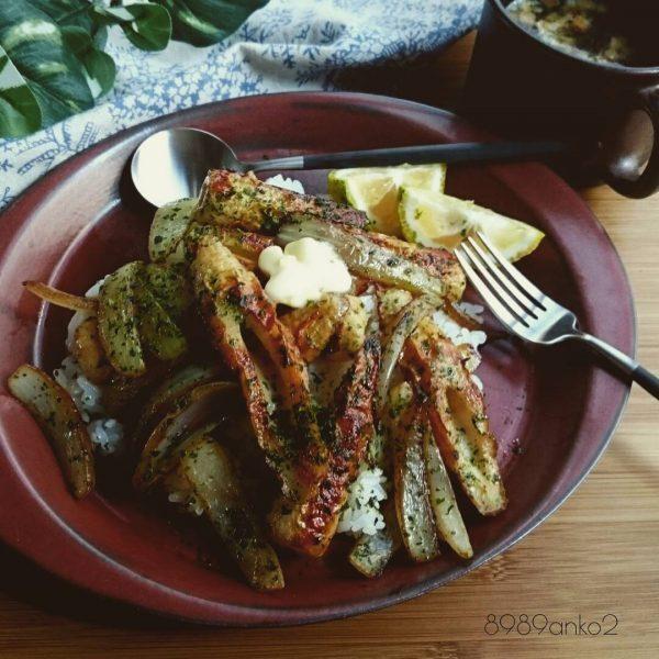 安いちくわのっけご飯で美味しい節約レシピ