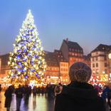 【世界冬の絶景】絵本のような街並みのイルミネーションにうっとり!フランス「ストラスブール」