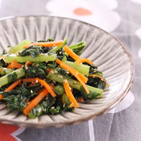 手元の野菜で簡単ひと品「ごまとぽん酢のお浸し」
