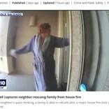 背後に炎と煙が迫る中、寝間着姿でドアを叩き続けた勇敢な女性 隣人一家の命を救う(米)<動画あり>