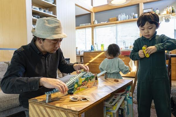 奈良県の一軒家に住む中村さん一家