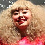 渡辺直美、セーラームーン姿で動画を撮影 「最高」「お仕置きしにきて」と反響