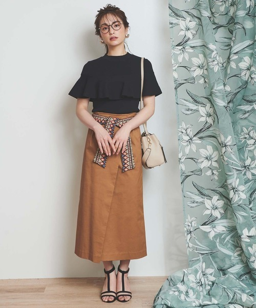 [Noela] ベルト付タイトミディスカート