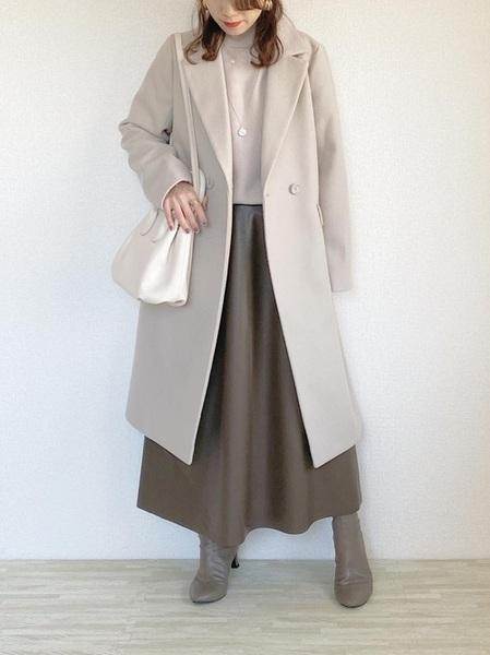 GUのフェイクレザースカート