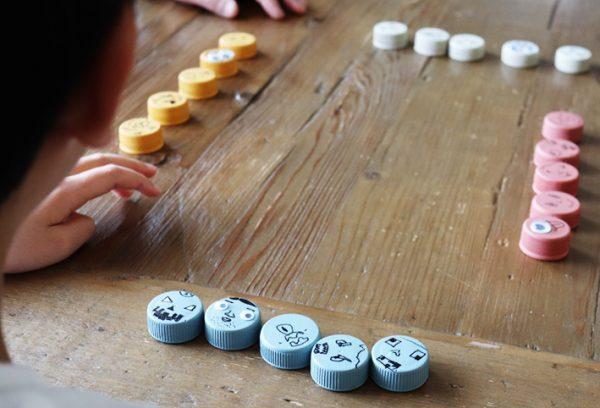 ペットボトルキャップで作るミニゲーム
