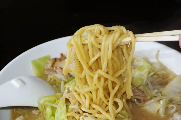 umenoya-ramen-jiro5
