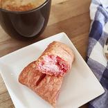 【ケンタッキー】パイ生地もクリームもピンク色で可愛い! 「いちごチョコ パイ」