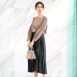 黒プリーツスカートに合う春コーデ【2021】万能アイテムの着こなしを格上げ