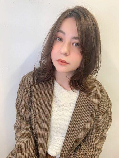 チークバング 髪型 ミディアム2