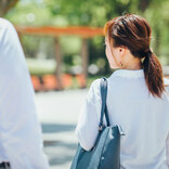 「お尻に蜂が止まってるよ」 道端で突然声をかけられた女性、本意を知ってゾッ…
