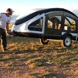 PCのマウスみたい。重さ136kgで立体的にテントが展開するキャンプ用トレーラー「Earth Traveler」