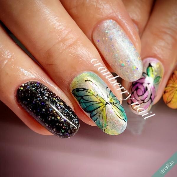 cranberry nail