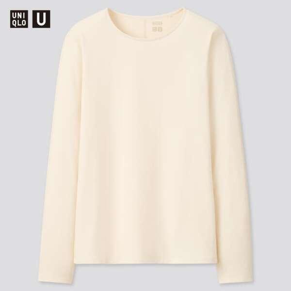 白のクルーネックTシャツ