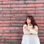 小松彩夏、好きな人を待ってる風オフショットに反響