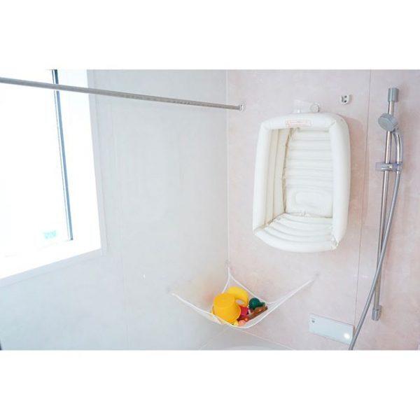 ベビー用品を吊るすお風呂の収納アイデア