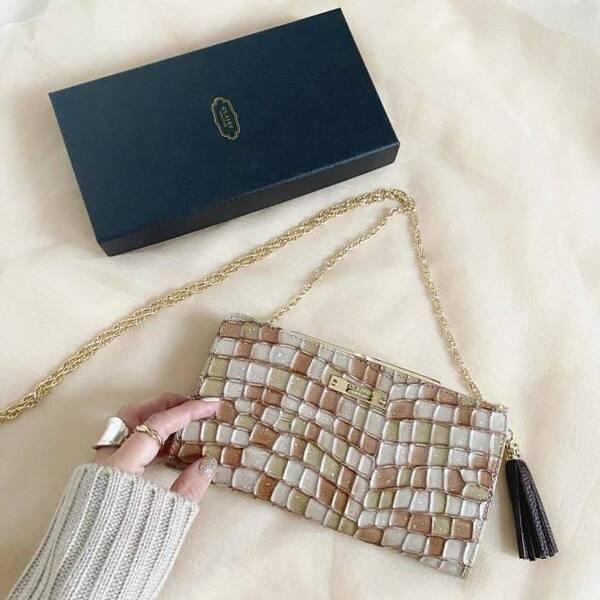 クレアのステンドグラス財布