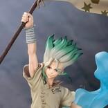 『Dr.STONE』旗を掲げる石神千空がポージングフィギュアで登場