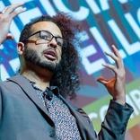 「自分が作ったAIアルゴリズムに排除されるかもしれない」。ある宇宙物理学者の闘い