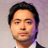 山田孝之、白石麻衣の写真欲しさにスタジオ乱入!? 「事務所に送ってください」