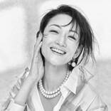 パールをまとう冨永愛、美しいドレス姿やカジュアルスタイルで魅了